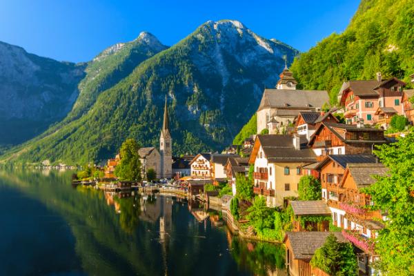 11 orașe pe care să le vizitezi cel puțin o dată în viață