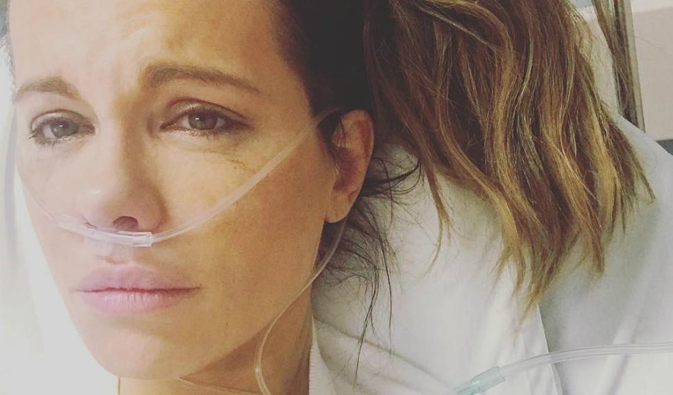 """Kate Beckinsale, starul din """"Serendipity"""", a ajuns la spital după ce a suferit o ruptură de chist ovarian"""