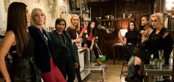 10 filme care ne prezintă cele mai interesante grupuri de femei