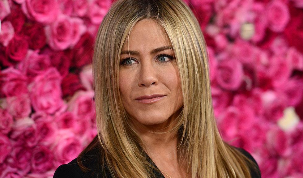 Avionul în care se afla Jennifer Aniston a fost nevoit să aterizeze de urgență