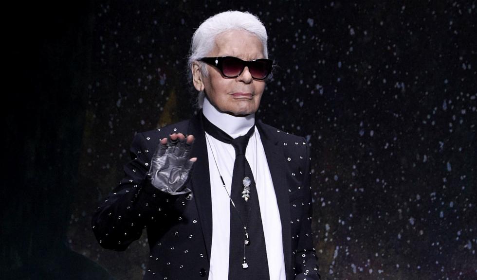 Celebritățile îi aduc un omagiu lui Karl Lagerfeld