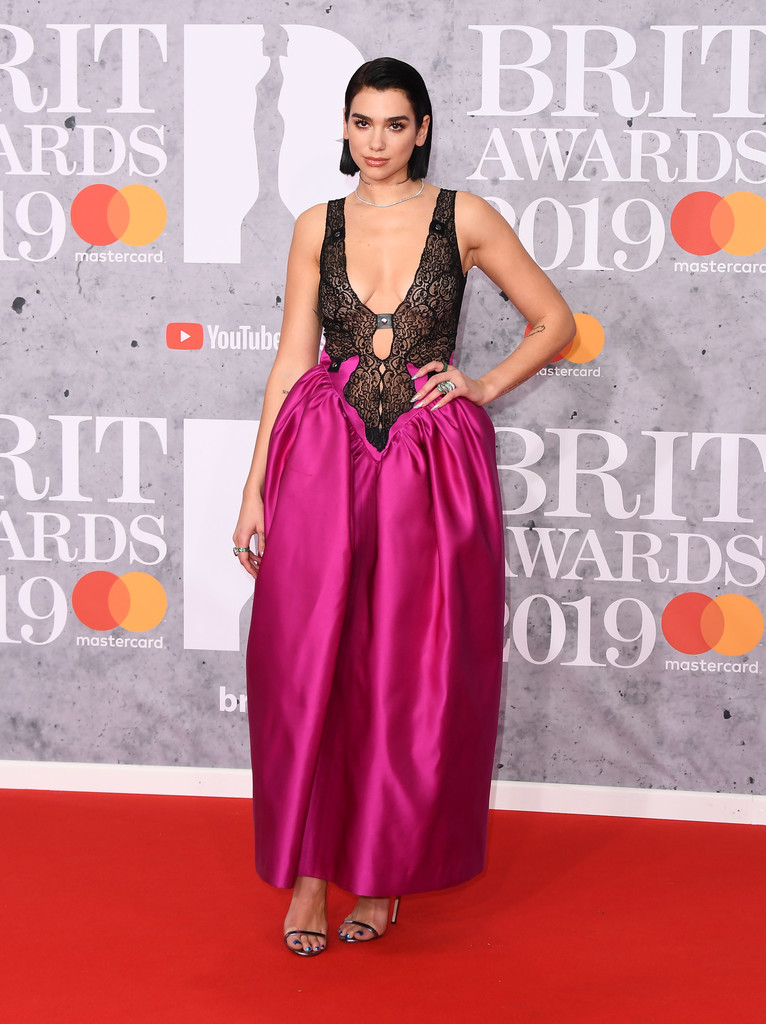 Cele mai inedite ținute ale vedetelor la The BRIT Awards 2019