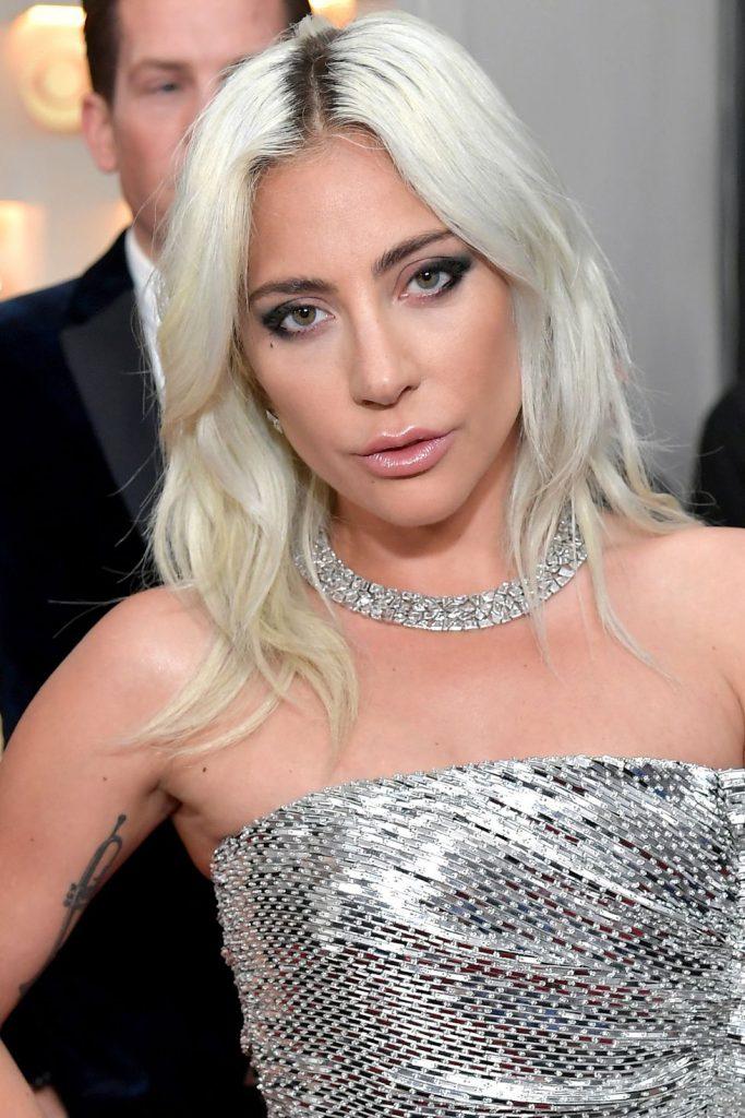 Best Beauty Looks: cele mai frumoase machiaje și coafuri purtate de vedete la Premiile Grammy 2019