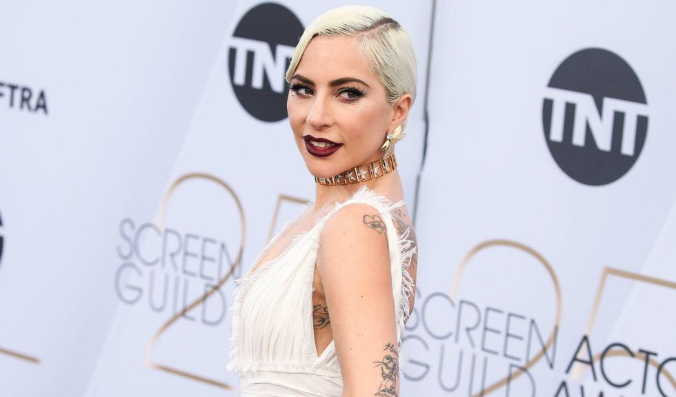"""Lady Gaga a onorat printr-un tatuaj rolul din """"A Star is Born"""""""