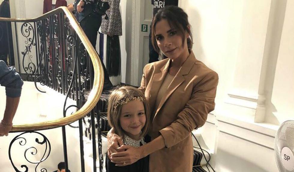Harper, fiica Victoriei Beckham, are un nou look și seamănă perfect cu acest style icon