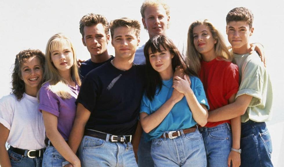 """Actorii din """"Beverly Hills 90210"""" s-au reunit în onoarea fostului lor coleg, Luke Perry"""