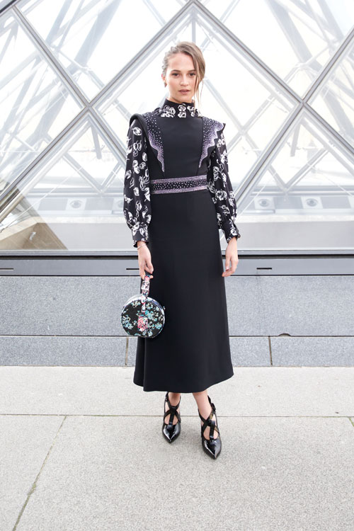 Vedete la Louis Vuitton fashion show FW 2019-2020