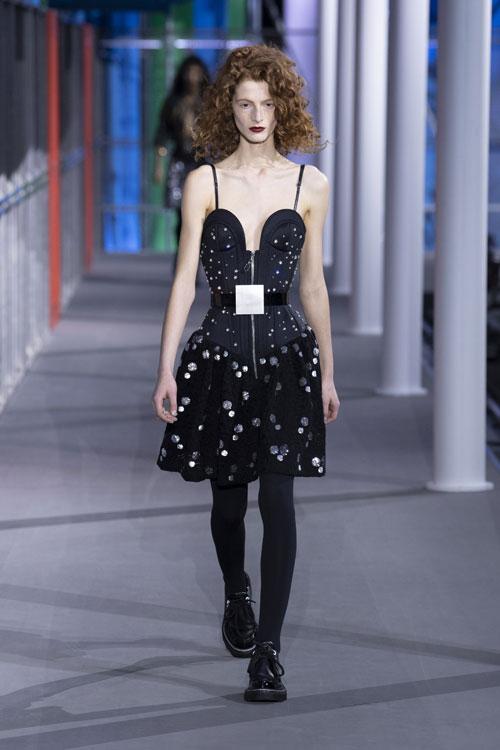 Colecția Louis Vuitton toamnă-iarnă 2019 a închis Paris Fashion Week