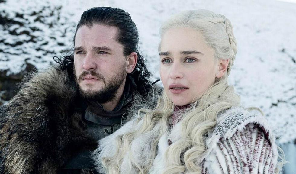 """Emilia Clarke a avut nevoie de un pahar de vin după ce a aflat cum se termină """"Game of Thrones"""""""