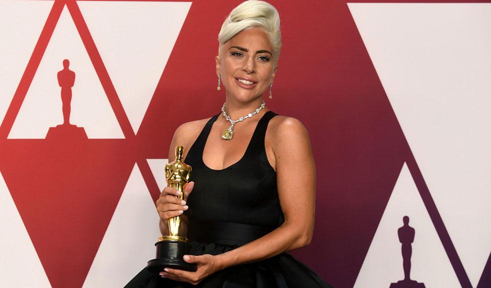 """Lady Gaga nu reușește să se distanțeze de personajul ei din """"A Star Is Born"""""""
