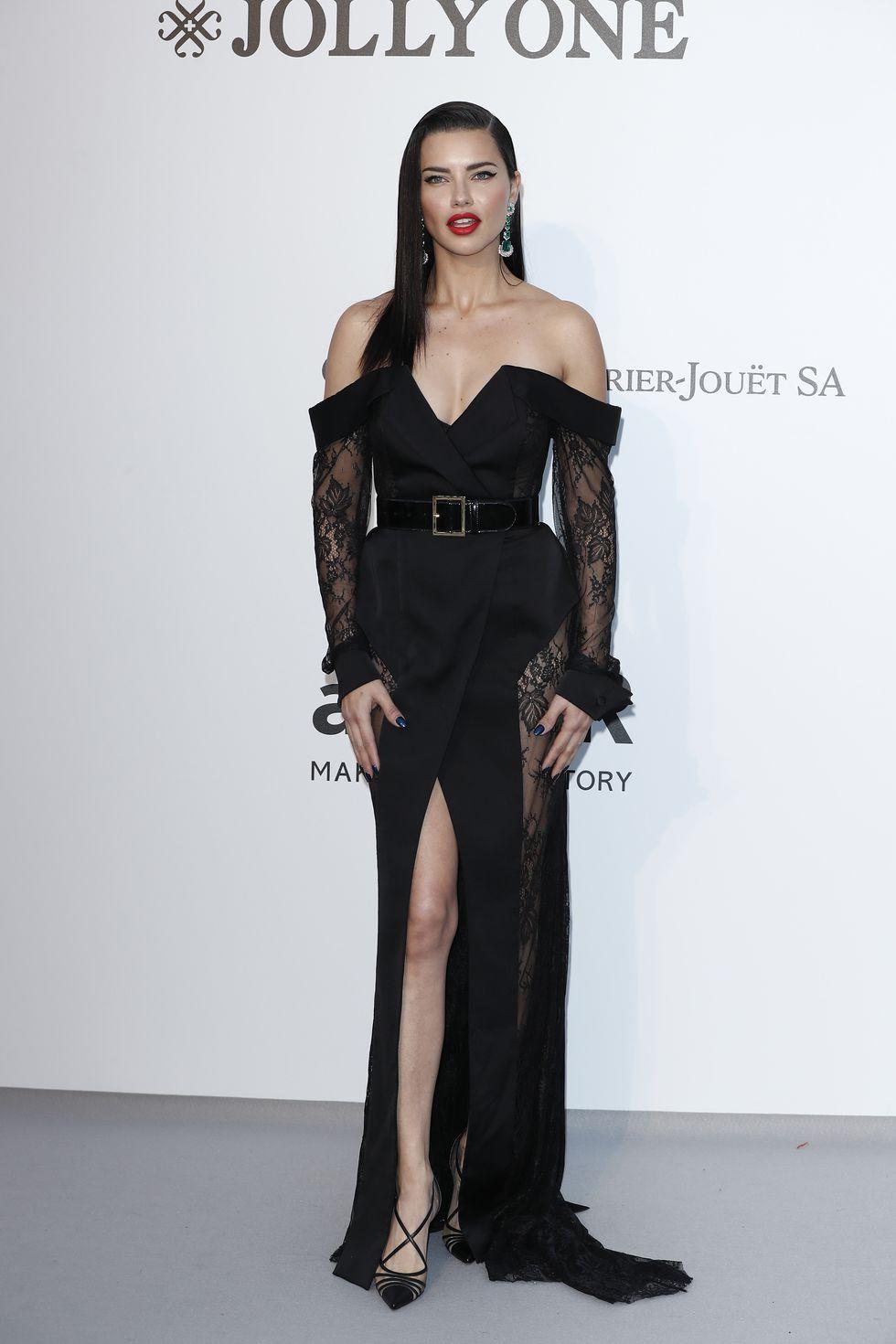 Vedete prezente la amfAR Cannes Gala 2019 (GALERIE FOTO)