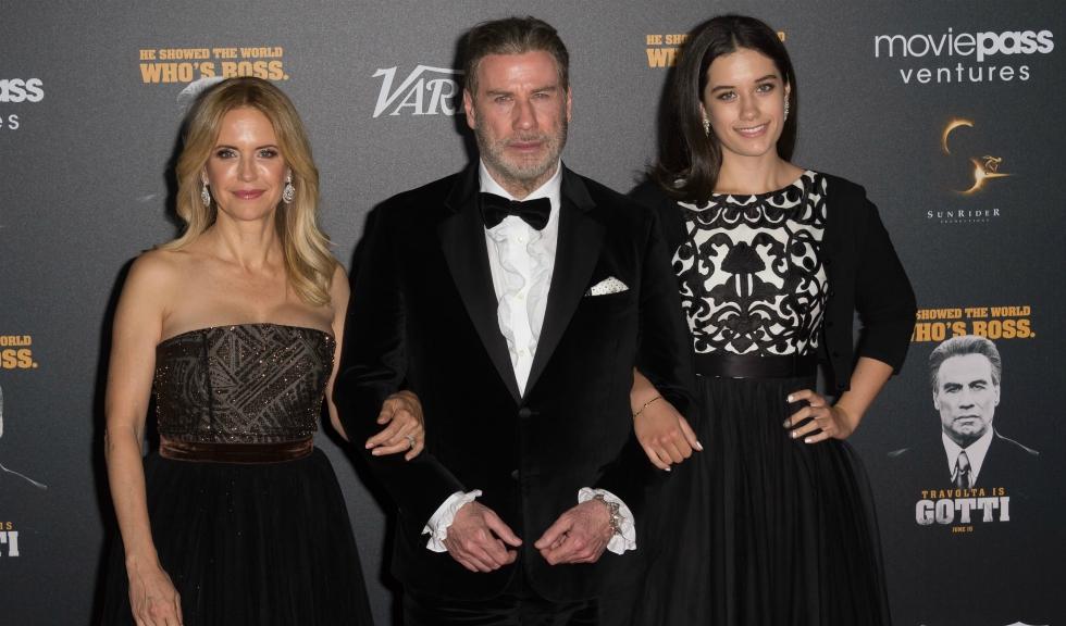 Ella Bleu calcă pe urmele părinților ei faimoși, John Travolta și Kelly Preston