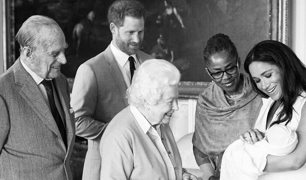 Greșeala pe care familia regală a făcut-o în legătură cu Archie, fiul nou-născut al Ducelui și Ducesei de Sussex