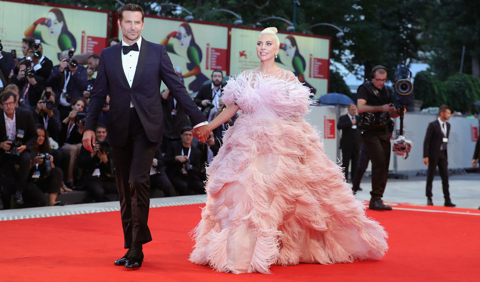 Lady Gaga și Bradley Cooper vor susține un recital surpriză la Festivalul Glastonbury