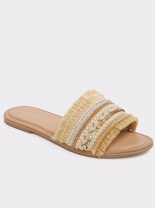 Cei mai cool papuci de plajă ai sezonului