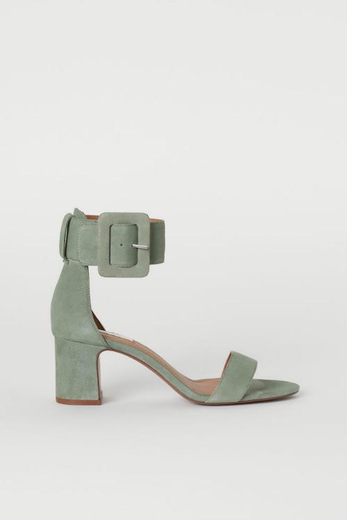 Top 10 sandale cu toc pe care trebuie să le ai vara aceasta