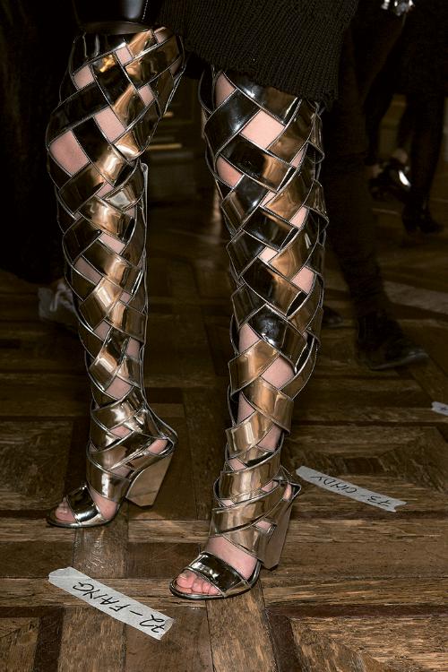 Fashion Trend: Strălucire pentru ținuta de seară