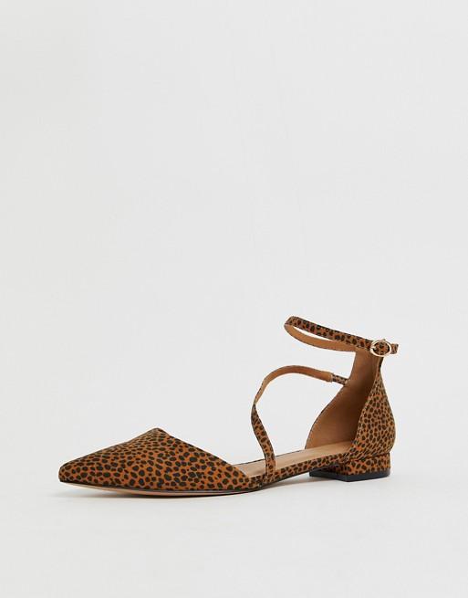 Top 10 perechi de pantofi fără toc pe care îi poți purta acum, dar și la toamnă