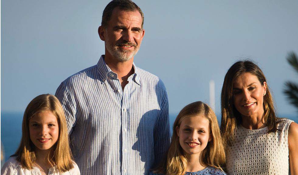 Familia regală a Spaniei se află în vacanță, iar fotografiile sunt adorabile