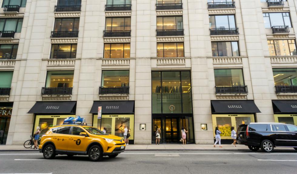 Magazinul Barneys a anunțat intrarea în faliment