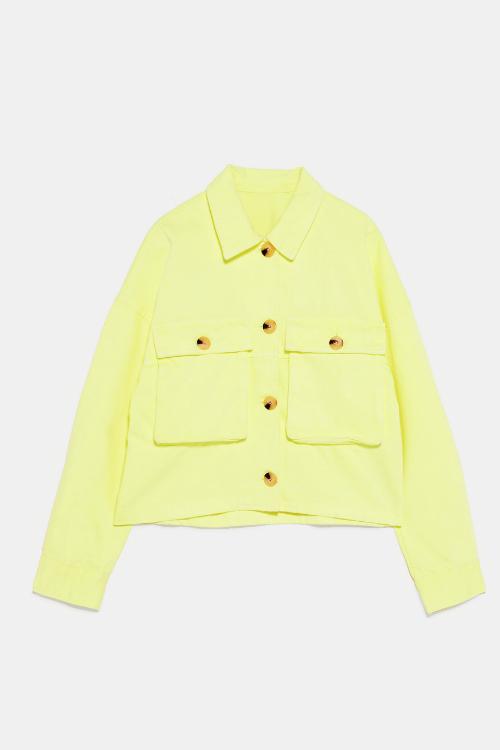 5 culori îndrăznețe ce nu trebuie să-ți lipsească din garderoba toamna aceasta