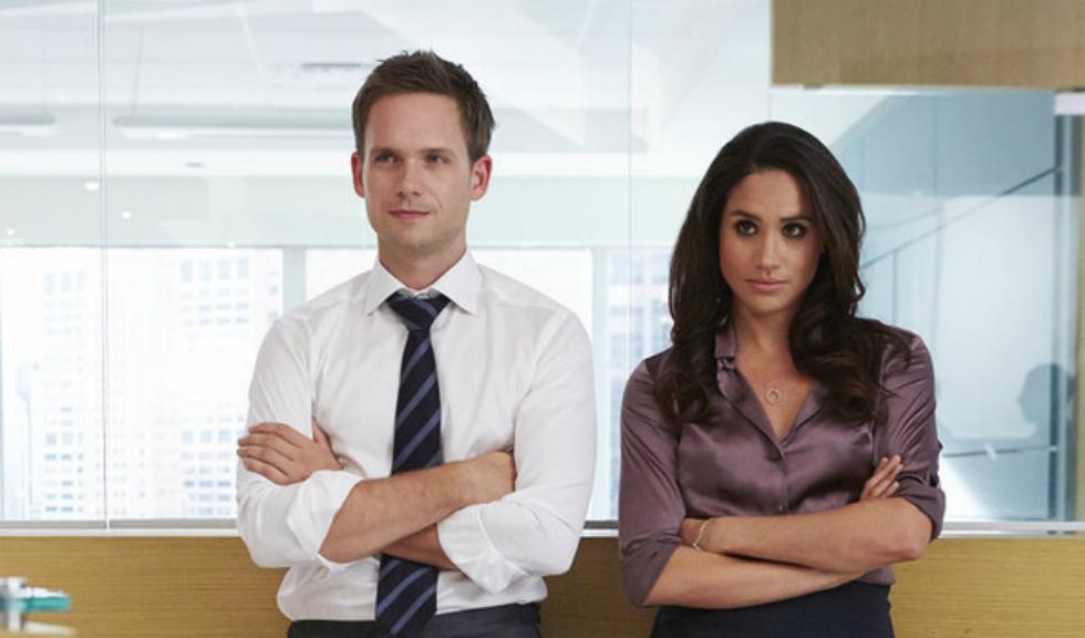 """Patrick J. Adams a făcut publice noi imagini cu Meghan Markle din perioada filmărilor pentru """"Suits"""""""