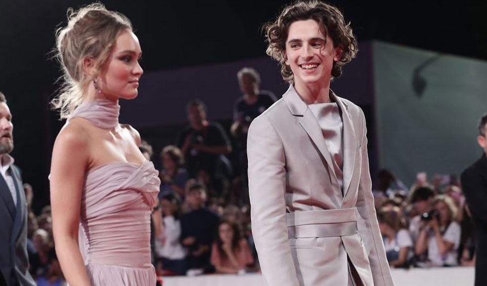 Lily Rose Depp și Timothee Chalamet, regina și regele covorului roșu de la Festivalul de Film de la Veneția