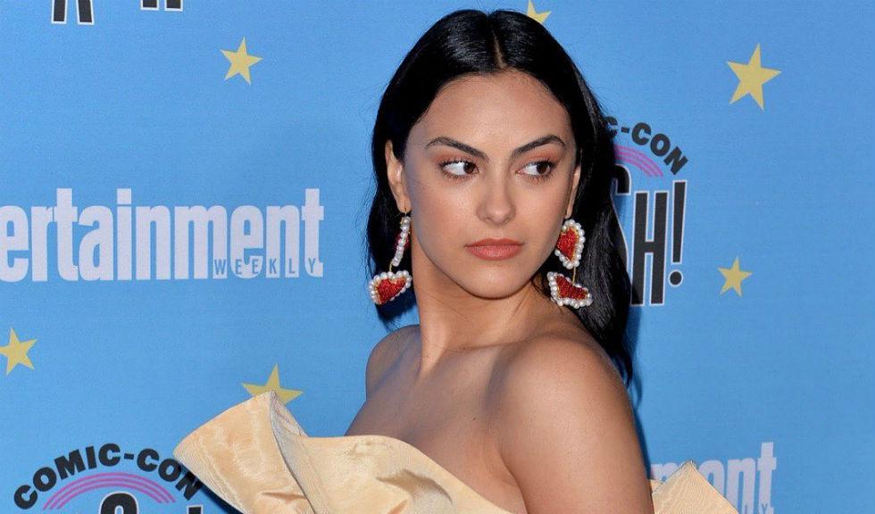 Camila Mendes a dezvăluit că a fost abuzată sexual în adolescență