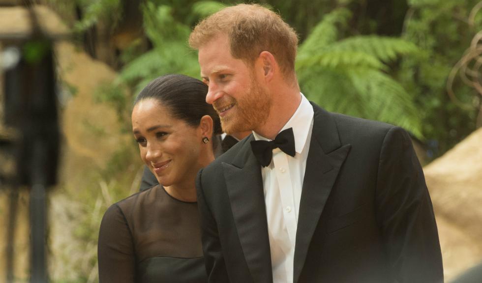 Prințul Harry încalcă regulile regale exact ca soția lui, Meghan Markle