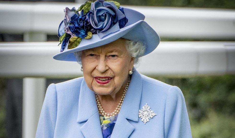 Povestea din spatele celei mai inedite imagini cu Regina Elisabeta a II-a