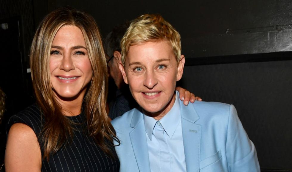 "Jennifer Aniston și Ellen DeGeneres s-au sărutat în timpul emisiunii ""The Ellen DeGeneres Show"""