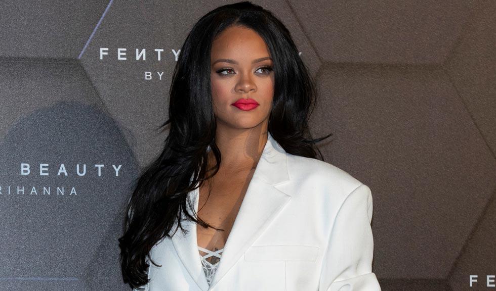 Rihanna lansează o carte autobiografică vizuală
