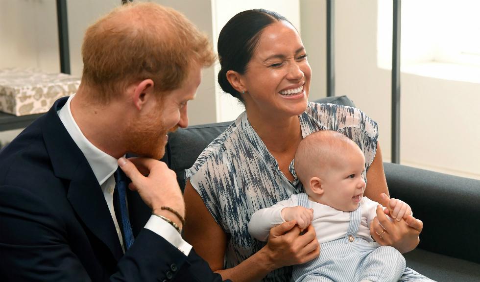 """Archie, fiul Ducelui și Ducesei de Sussex, este un bebeluș """"puternic"""" și """"foarte deștept"""""""