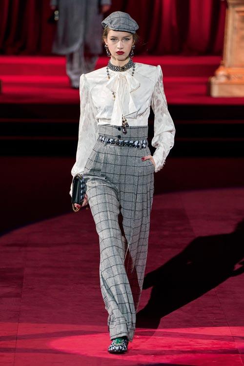 Fashion trend: Abundență de carouri