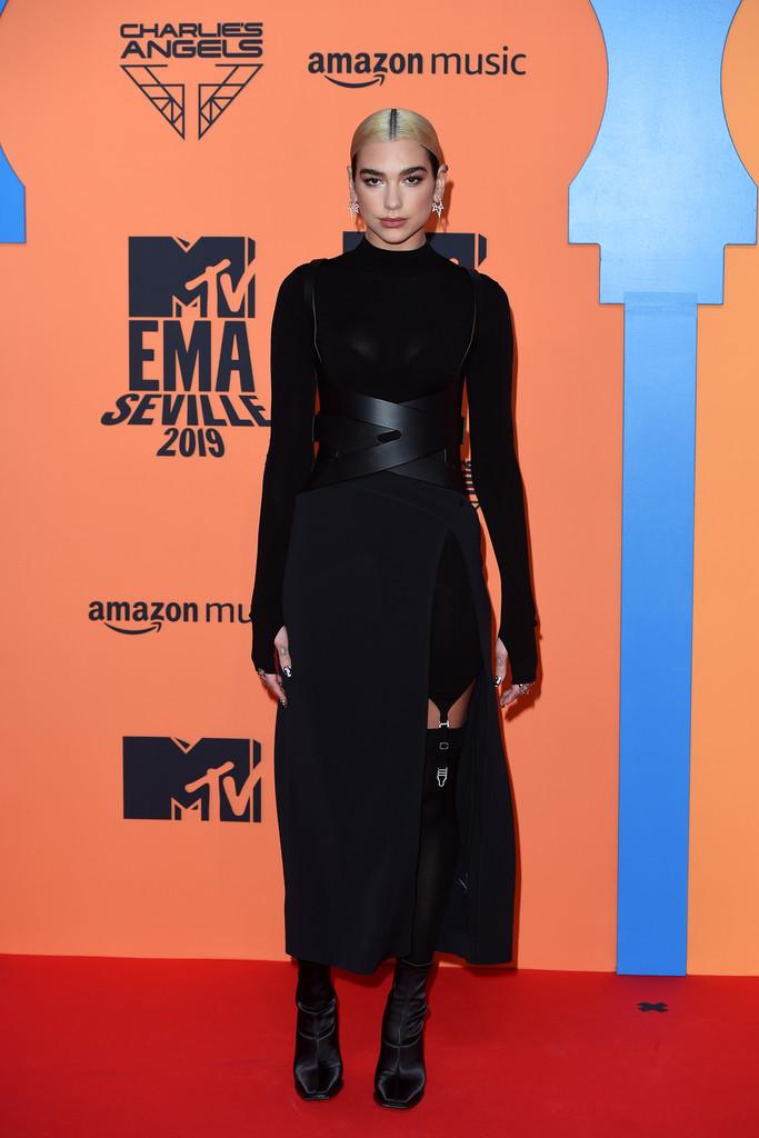 MTV EMA 2019 – cele mai hot ținute de pe covorul roșu (GALERIE FOTO)