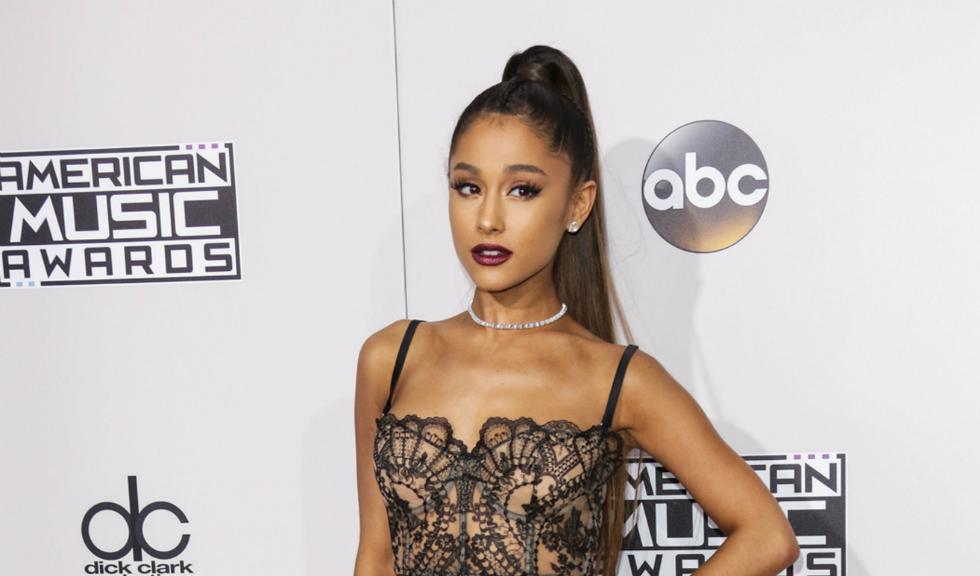 Ariana Grande le-a dezvăluit fanilor cum arată părul ei natural