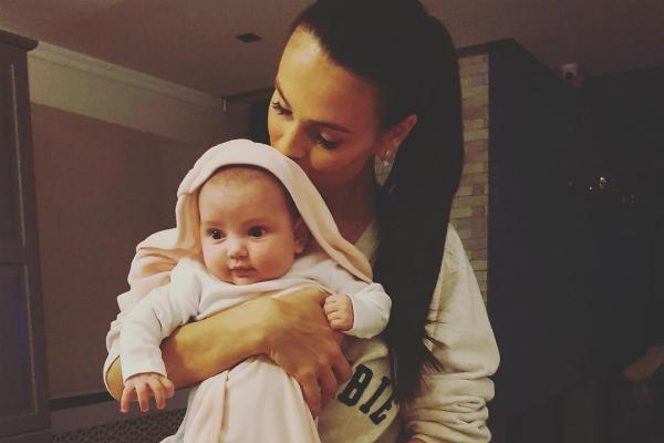 Fetița Ancăi Serea, Leah Maria, a împlinit trei luni, iar mama ei a avut un mesaj special cu această ocazie