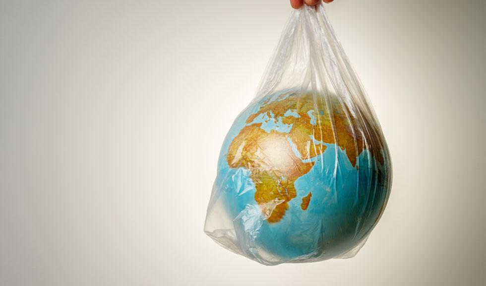 Planeta de plastic: Efectele nocive pe care plasticul le are asupra sănătății noastre