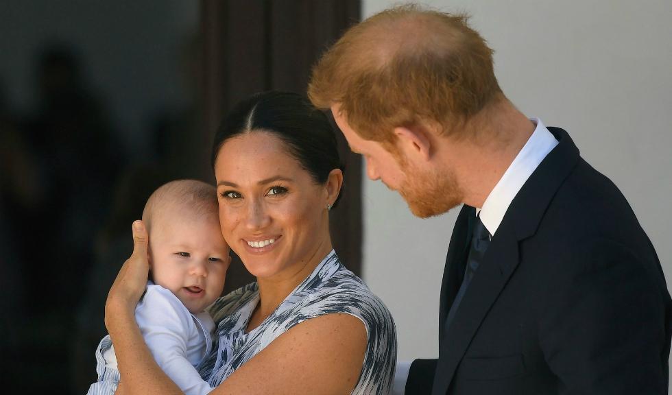Ducele și Ducesa de Sussex au făcut publică prima felicitare de Crăciun alături de fiul lor, Archie