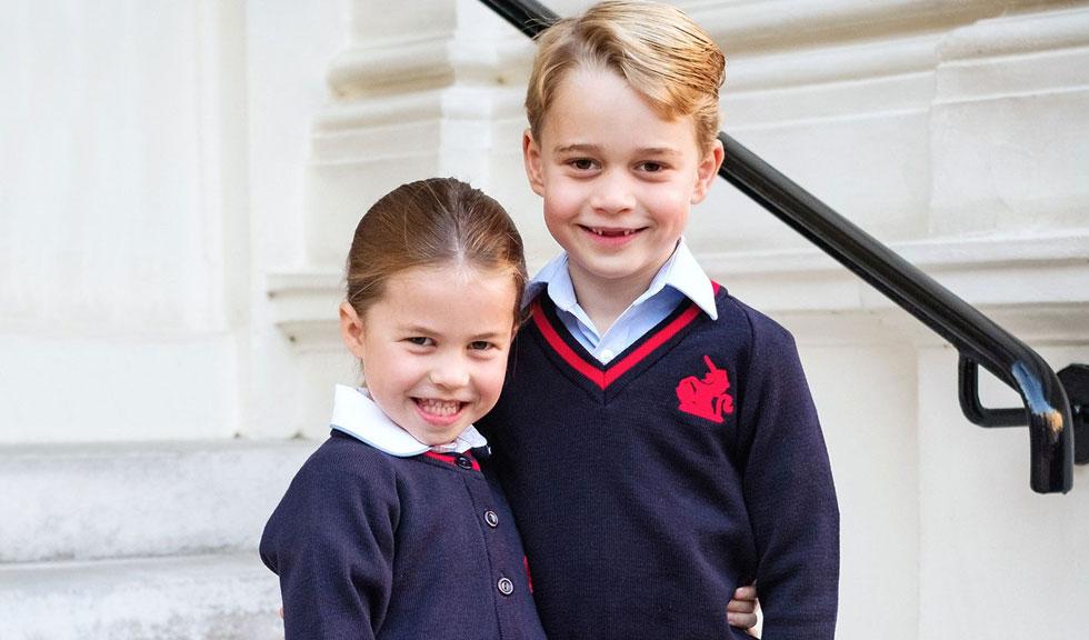 Prințul George și Prințesa Charlotte, în centrul atenției la slujba de Crăciun de la Sandringham