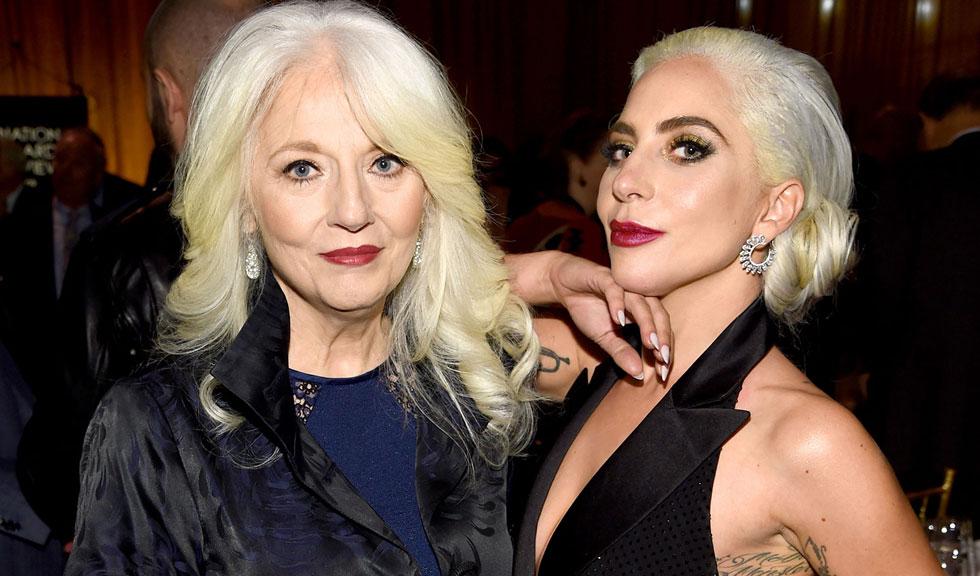 Mama lui Lady Gaga vorbește despre lupta fiicei sale cu depresia și cum o ajută în momentele dificile
