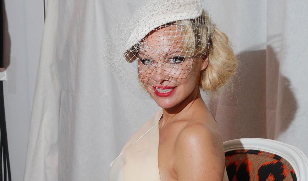Pamela Anderson s-a căsătorit în secret