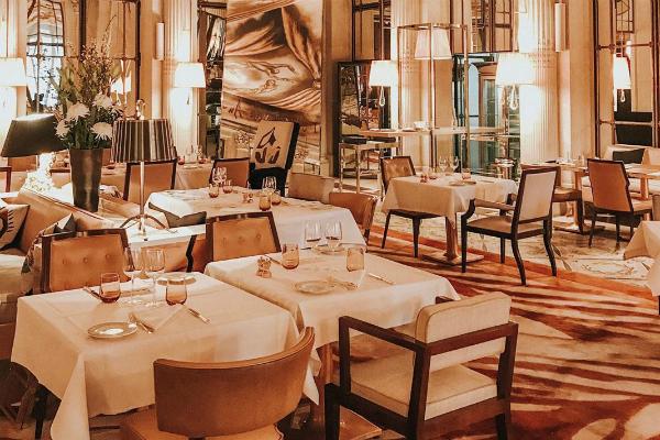 Top 12 cele mai spectaculoase hoteluri de lux din Europa, în care merită să îți petreci vacanța în 2020