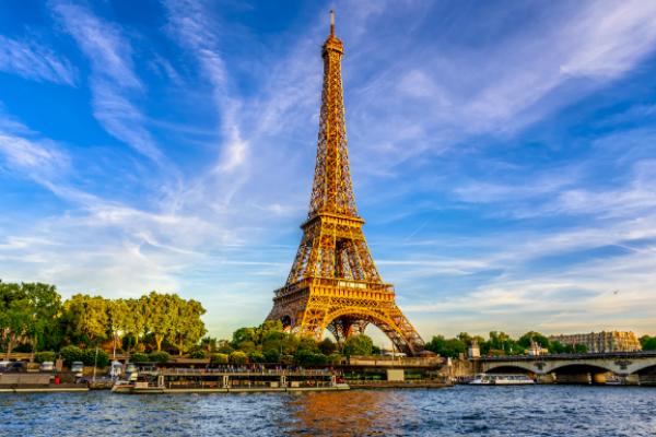 Top 15 cele mai frumoase orașe în care merită să mergi în vacanță, conform pasionaților de călătorii