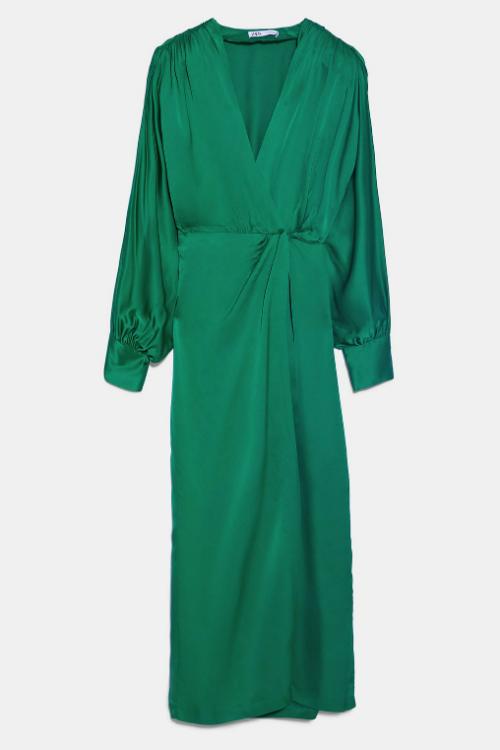 Top 10 rochii potrivite pentru o întâlnire romantică