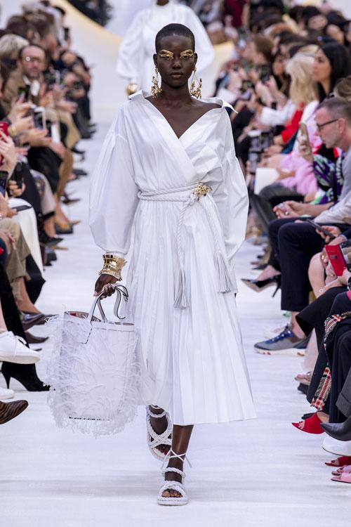 Valentino colecția primăvară-vară 2020