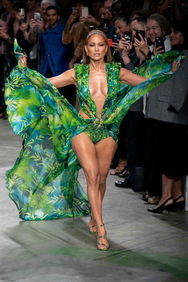 Tendințe modă primăvară-vară 2020: Tropicana