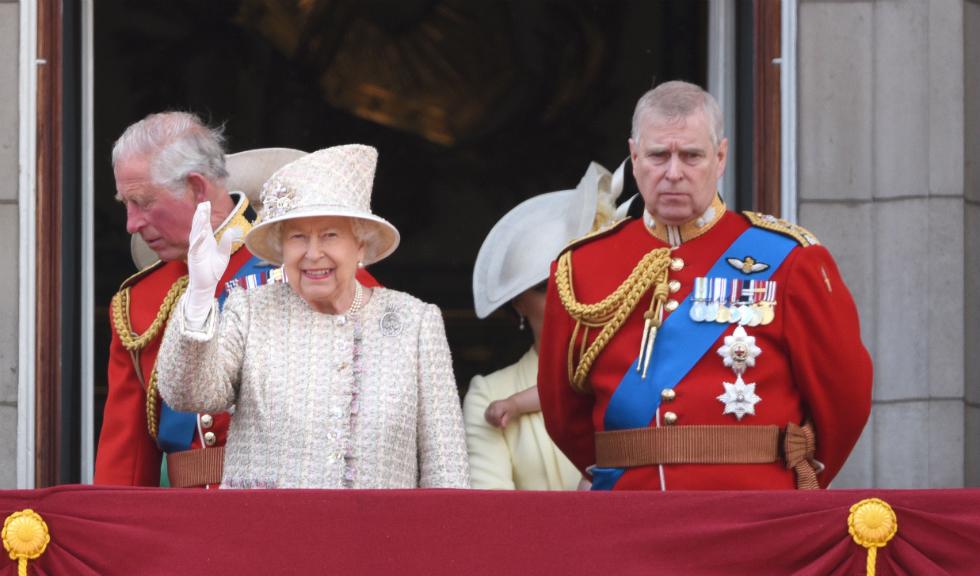 Se pare că Prințul Andrew a lăsat un top model să se așeze pe tronul reginei Marii Britanii