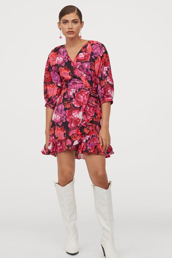 TOP 10 cele mai stylish rochii cu imprimeu ale primăverii, sub 250 de lei