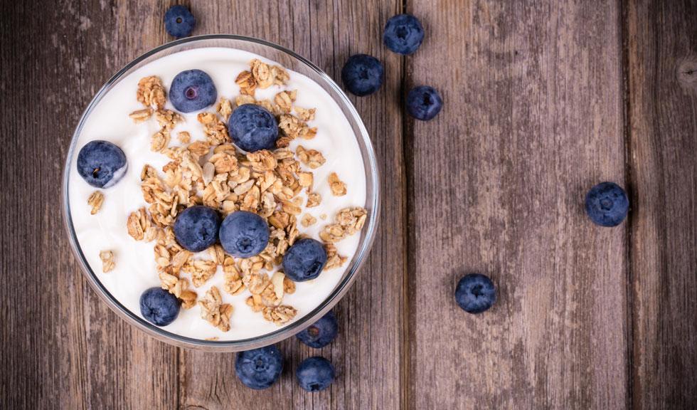 Ce mâncăm în carantină pentru a rămâne sănătoși și a nu ne îngrășa
